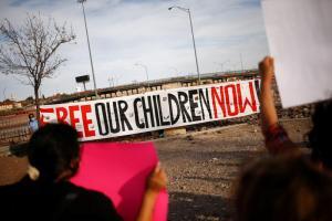ΗΠΑ: Άθλιες συνθήκες κράτησης για τα προσφυγόπουλα    Ειδήσεις - νέα - Το Βήμα Online