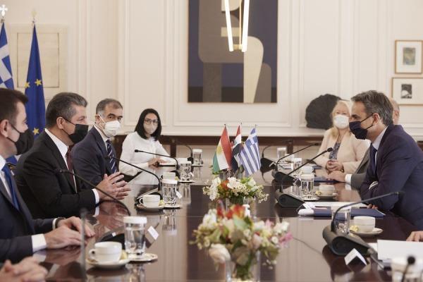 Συνάντηση Μητσοτάκη με τον πρωθυπουργό του Ιρακινού Κουρδιστάν, Μ. Μπαρζανί