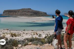 «Επικίνδυνος προορισμός» ξανά η Ελλάδα | DW | 17.07.2021