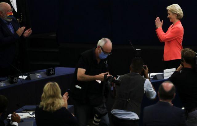 Ούρσουλα φον ντερ Λάιεν – Η ΕΕ το έκανε με τον τρόπο της και τα κατάφερε