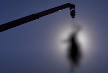 Ταλιμπάν κρέμασαν πτώματα φερόμενων απαγωγέων στη Χεράτ   Ειδήσεις - νέα - Το Βήμα Online