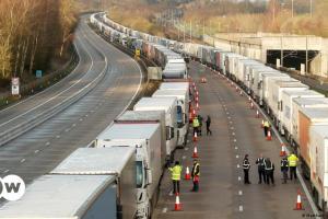 10.000 οδηγούς από την ΕΕ αναζητά ο Τζόνσον | DW | 25.09.2021