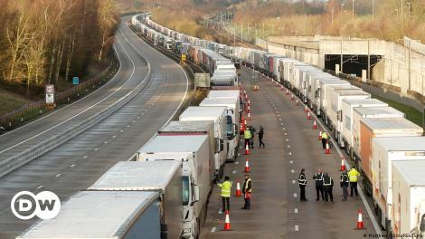 10.000 οδηγούς από την ΕΕ αναζητά ο Τζόνσον   DW   25.09.2021