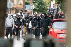 Γερμανικός Τύπος – Μαινόμενοι νεοναζί στην Ελλάδα