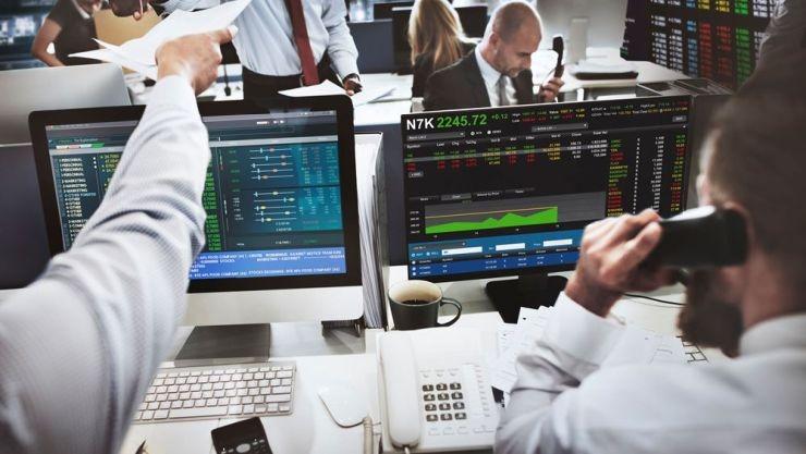 Μεταβλητότητα και διακυμάνσεις με ισχνό τζίρο στο χρηματιστήριο