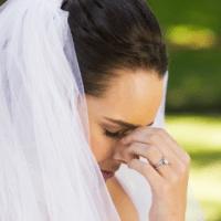 Даниела се омъжи миналата събота, и докато отваряше пликовете, остана със зяпнала уста