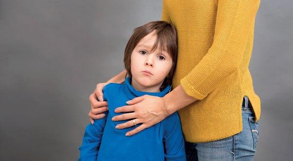 Загрижена майка пита: Плащам на мама за да гледа внучето си – това нормално ли е?
