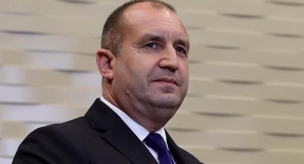 Румен Радев и кака му като две капки вода: Вижте сестрата на президента