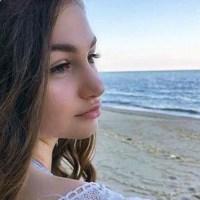 Крисия Тодорова порасна, шашна с тяло по бански (Вижте детето-чудо на 16 – Фото)