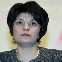 Десислава Атанасова за протестите: Има една огромна част от хората на улицата, които са корумпирани