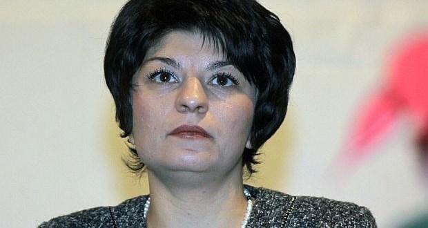 Десислава Атанасова за протестите: Има една огромна част от хората на улицата които са корумпирани