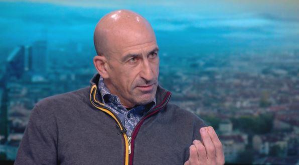 Лечков към Борисов: Ще ти махам като те карат към килията