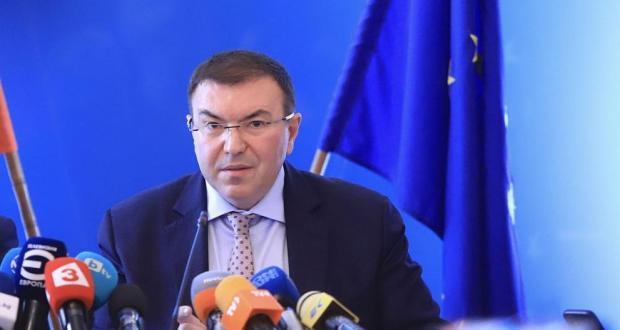 Извънредно: Връщат строги К-19 мерки в България до часове?