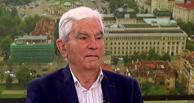 Акад. Петрунов: Ще трябва да се ваксинираме всяка година ако така продължи да се развива заразата