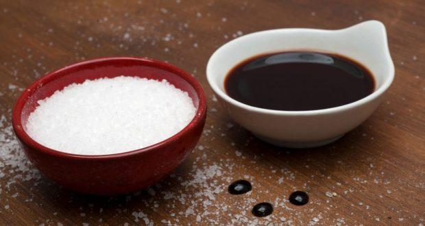 Сложете оцет и сол на прага на дома си и вижте какво ще се случи