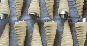 Как да си направиш фунийки с крем като бабините – хрупкаво тесто