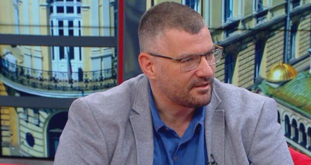 Проф. Момеков: Колкото и гадно да звучи - мненията против ваксините трябваше да бъдат подтискани