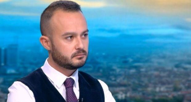 Петър Велков извади чувалите: През април ще минем 16 000 смъртни случая!