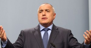 Гърневски на протеста: Бойко Борисов построи съвременна България! Направеното от него няма аналог