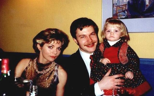 Невероятната история на момичето, в което всички бяхме влюбени през 80-те /Видео/