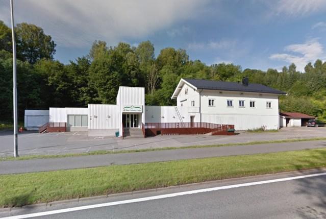 Skudepisoden fandt sted her i al-Noor Islamic Center i Oslo-forstaden Bærum. Foto: Google Streetview.