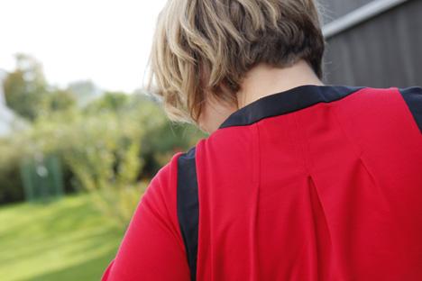 röd klänning vintage rygg