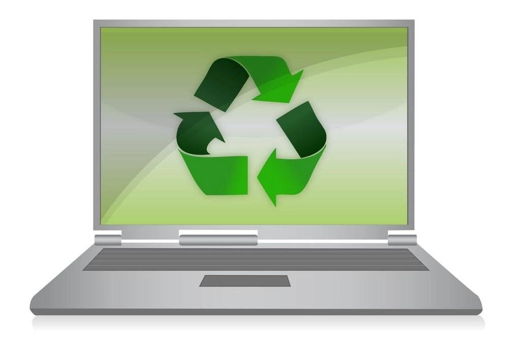 7 Reasons to Buy A Refurbished Laptop