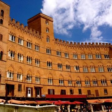 siena_piazza_il-campo.jpg