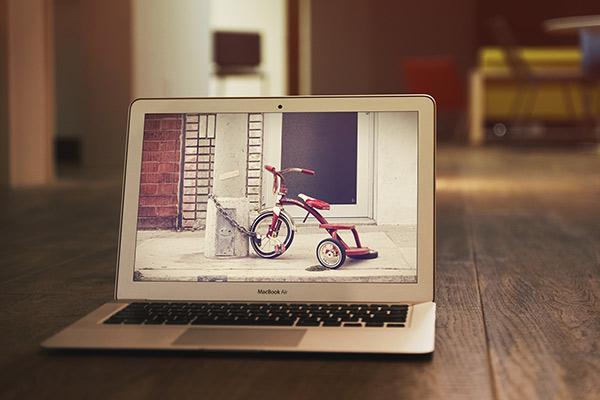 MacBook Air MockUp 2