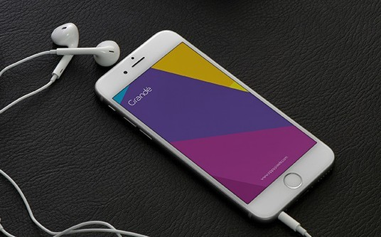 5 Free iPhone 6 Photorealistic PSD Mockups