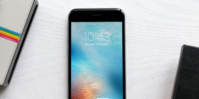 6 iPhone 6 Photo Mockups