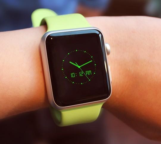 75+ Best Free Apple Watch Mockup Templates