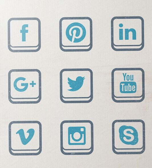 Social Media Icons (free vector set)