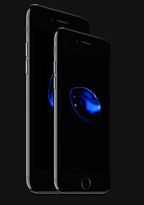 iphone-7-and-iphone-7-plus-jet-black-psd-mockup