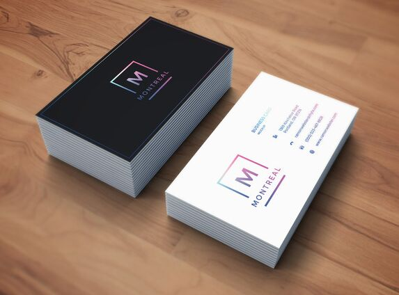 photorealistic-business-card-mockup
