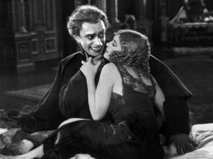 Still from The Man Who Laughs (1928)