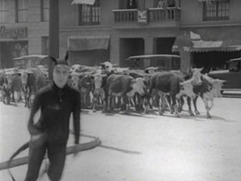 Still from Go West (1925)