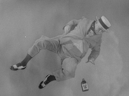 Still from Never Give a Sucker an Even Break (1941)