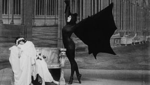 Still from Les Vampires (1915)