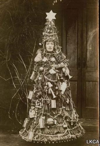 Werid Christmas postcard