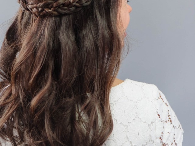 how to: braided wedding hair for beginners | a practical wedding a