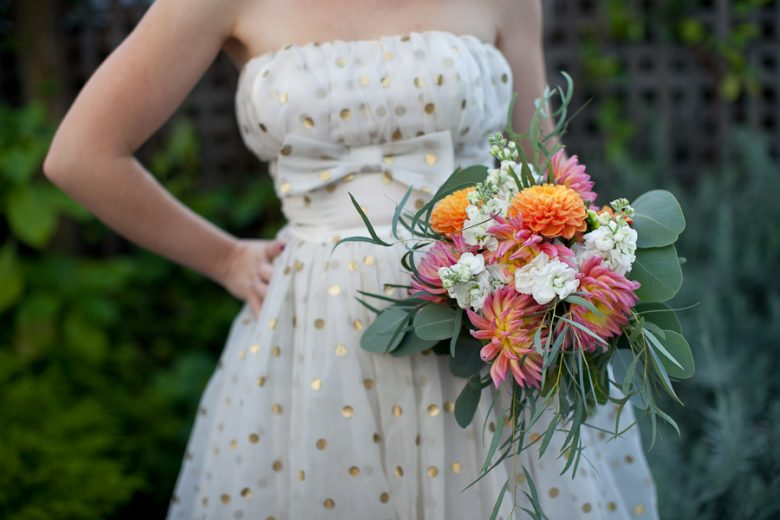 Cheap Wedding Bouquets With Grocery Store Flowers