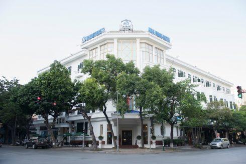 Hoa-Binh-Hotel-4-490x327