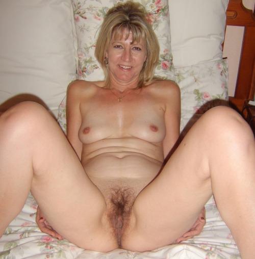 Hot naked woman selfies