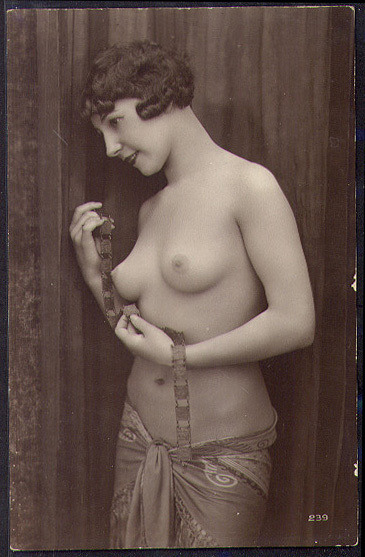 wickedknickers:  1920s nude Egyptian inspired French postcard.  She is insanely pretty. I want to kiss her!