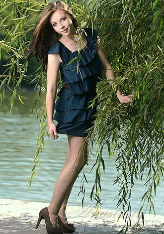 Meet Kazakhstan Woman Anna From Almaty 25 Yo Hair Color