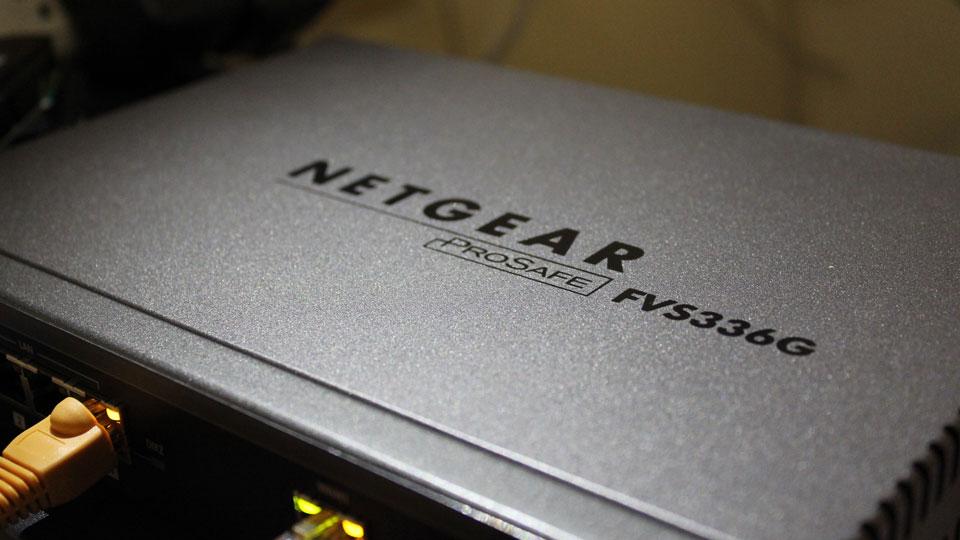 NETGEAR ProSafe FVS336G