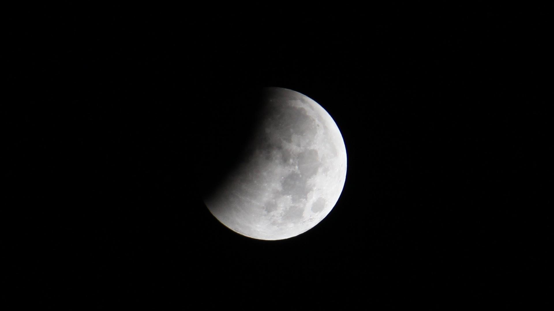 Lunar Eclipse 20141008 2