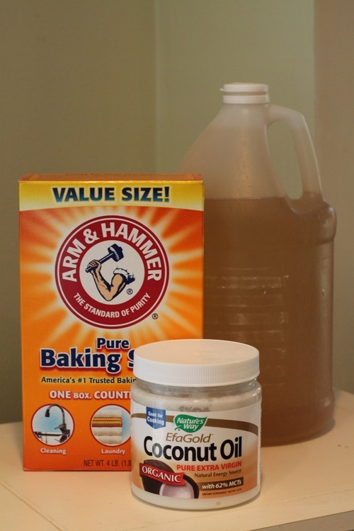 The Wondrous Health Benefits of Baking Soda, Coconut Oil