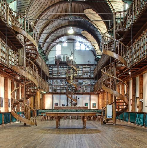 steampunktendencies:  ..Monastery Library in Wittem, South of The Netherlands… Photo: Huub Keulershttp://goo.gl/QiaMXB
